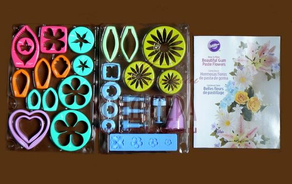 Набор для создания цветов из модел.пасты/мастики, Wilton 2109-0054